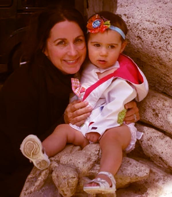 Image of Caption: Jodi Faeth with her daughter Charlie Faeth