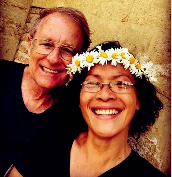 Image of Caption: Andrea Thoma parents Judy and James Thoma