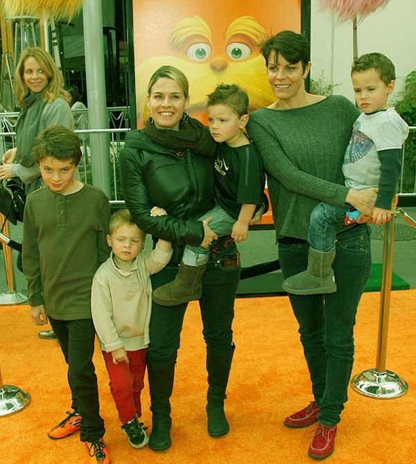 Image of Caption: Cat Cora with Jennifer along with their kids Zora, Nash, Caje and Thatcher Cora