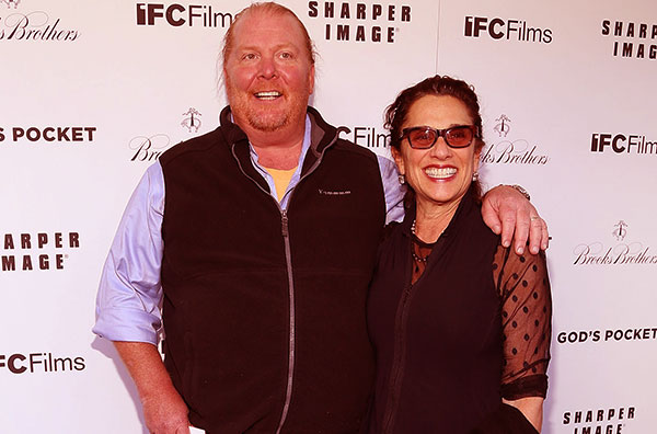Image of Caption: Susi Cahn with her husband Mario Batali