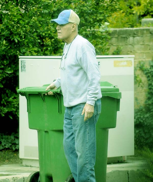 Image of Jean husband Alex spotted taking out the trash fairing on well with his cancer diagnosis