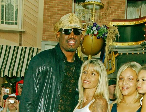 Image of Dennis Rodman with his first wife Annie Bakes