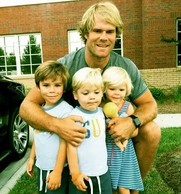 Image of Kara Dooley husband Greg with kids
