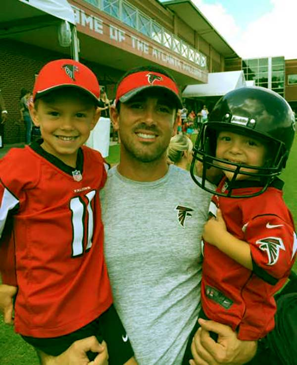 Image of Breanne husband Matt with kids Luke and Tye