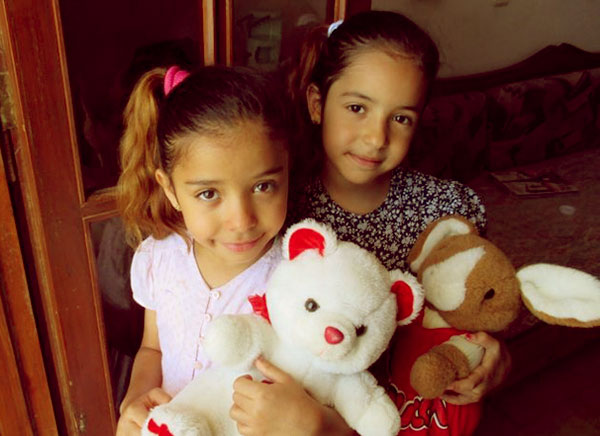 Image of Yvette Prieto twins daughter Ysabel and Victoria Jordan
