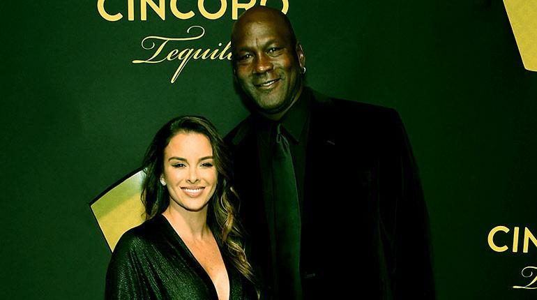 Image of Yvette Prieto age, twin, Net Worth, Wiki-bio of Michael Jordan's wife.
