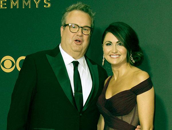 Image of Eric Stonestreet with his girlfriend Lindsey Schweitzer